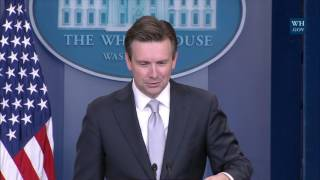 Download 11/29/16: White House Press Briefing Video