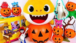 Download Baby Shark Halloween! Trick or Treat to the Haunted House with Coco Miguel #PinkyPopTOY Video