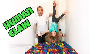 Download Human Claw! BALL PIT SQUISHY HUNT CHALLENGE Video
