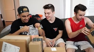 Download MOST INSANE FAN MAIL OPENING EVER FT. FAZE CLAN Video