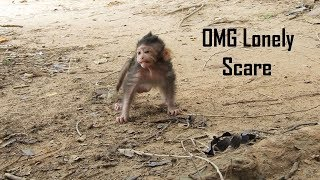 Download SCARE LONELY, Poor Lizza Scares Lonely Coz She Leaves Mummy Walking Alone Video