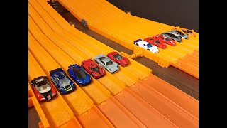 Download ULTIMATE HYPERCAR 12 Lane SUPER RACE - Hot Wheels Video