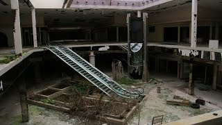 Download The rise and fall of the American shopping mall Video