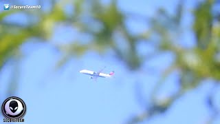 Download WTF? Commercial Jet Completely STOPS In Mid Air! 11/24/2015 Video