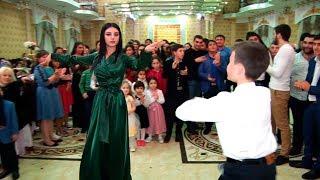 Download Нереальная лезгинка на Свадьбе.Талгар-Алматы 2017 Video