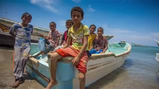 Download Aziza: Yemeni Fisherwoman Gets a New Lease on Life Video
