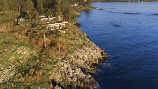 Download Sophisticated Contemporary Oceanfront Home in Victoria, Canada Video