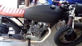 Download Cafe Racer (Honda TMX 155) Video