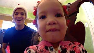 Download SHE KiLLED SANTA CLAUS!   NC Video