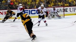 Download Maatta's blast gives the Penguins an early lead Video