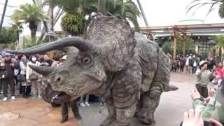 Download USJ Dinosaur Wonder Experience 4/1 10:30 Video