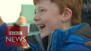 Download Tim Peake's family see him lift off for the ISS - BBC News Video