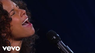 Download Alicia Keys - If I Ain't Got You (Piano & I: AOL Sessions +1) Video