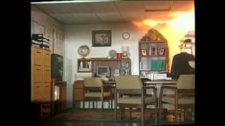 Download Feuerwehr: Zimmerbrand mit Ausbreitung in die Zwischendecke Video