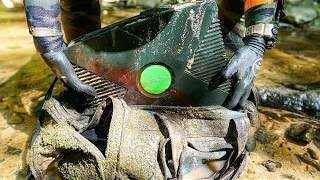 Download Found Lost Duffel Bag with Old Xbox Inside While Searching Shallow River for Interesting Finds! Video