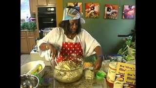 Download HOW TO MAKE THE BEST CLASSIC MACARONI AND CHEESE! DELICIOUS! Video