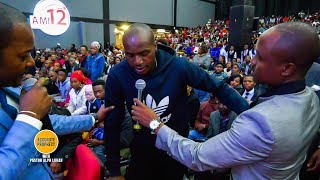 Download Man with a Dislocated Hip for 14 Years receives instant healing when prayed for by Pastor Alph Lukau Video