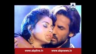 Download Ravi and Devika get romantic as Devika confesses her love to Ravi Video