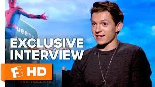 Download Tom Holland Flips Out & Sexy Aunt May - Spider-Man: Homecoming (2017) Interview | All Access Video