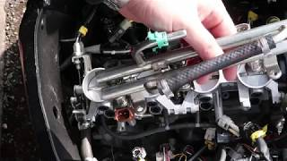 Download How to remove throttle bodies and injectors on Suzuki GSXR 600 K6 2006 Video