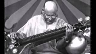 Download S Balachander - Veena - Doordarshan Silver Jubilee 46m 28s Video