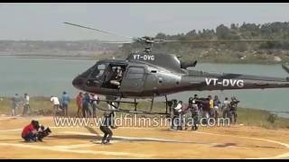 Download Two Stuntmen die in film action in India Video