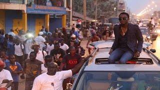 Download Wally Seck - en Gambie Video
