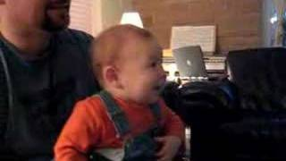 Download Baby laughing at the Wii Video