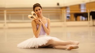 Download How Royal Ballet dancers prepare their pointe shoes Video