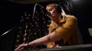 Download Smokey Brights - Beg Borrow And Steal (Live on KEXP) Video
