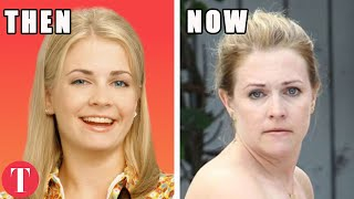 Download The Cast Of Sabrina The Teenage Witch: What They Looked Like In Their First Episode And Now Video