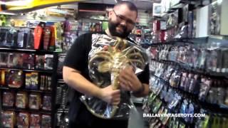 Download Dallas Vintage Toys Unboxing NECA Alien Egg Facehugger Prop Video