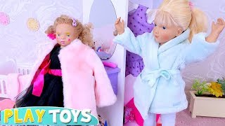 Download Petitcollin Baby Doll Play Dress up w/ Mommy's Clothes and Make up Toys! Video