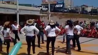 Download El Raton Vaquero - Mamis de Preescolar bailando este Dia del niño 2013 Video