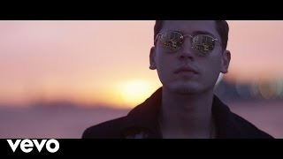 Download Cris Cab - Englishman In New-York ft. Tefa & Moox, Willy William Video