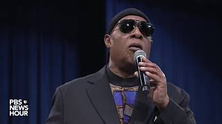 Download WATCH: Stevie Wonder pays tribute to Aretha Franklin at her 'Celebration of Life' memorial Video