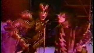Download KISS - Creatures Of The Night (Promo 1982) Video