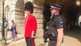 Download Don't Mess With The Queens Guard (Read Description) Video