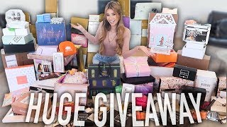 Download BIGGEST PR UNBOXING YET! (MASSIVE AMOUNT OF FREE MAKEUP) Video
