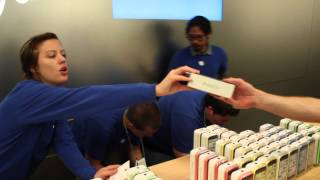 Download iPhone 5S Launch Day @ Apple Store Temecula Video