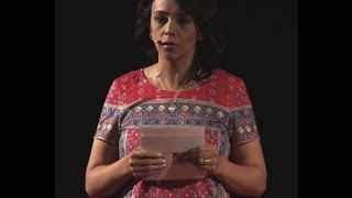 Download Historias de esta ciudad | Michelle Oquendo | TEDxQuito Video