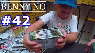 Download LUMPY GOES TO THE CARDSHOP | BENNY NO | VLOG #42 Video