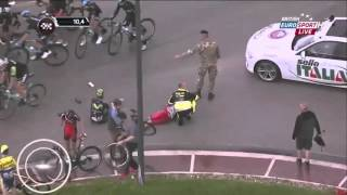 Download Huge crash at Giro d'Italia 2014 Stage 6 Video