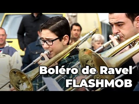 RAVEL'S BOLERO, amazing FLASHMOB! (Spain)