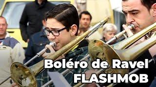 Download RAVEL'S BOLERO, amazing FLASHMOB! (Spain) Video
