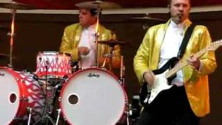 Download this drummer is at the wrong gig Video