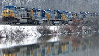 Download SO MANY ENGINES!! Three Northbounds While Railfanning Along the Hudson River! Video