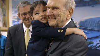 Download In Singapore President Nelson Gives Parents Advice Video