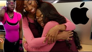 Download VIRAL APPLE STORE GIRL GETS SURPRISED WITH NEW MACBOOK & MAKEOVER! (SUPER EMOTIONAL) Video