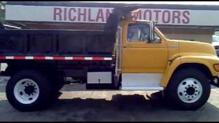 Download 1998 Ford F800 Dump Truck. Video
